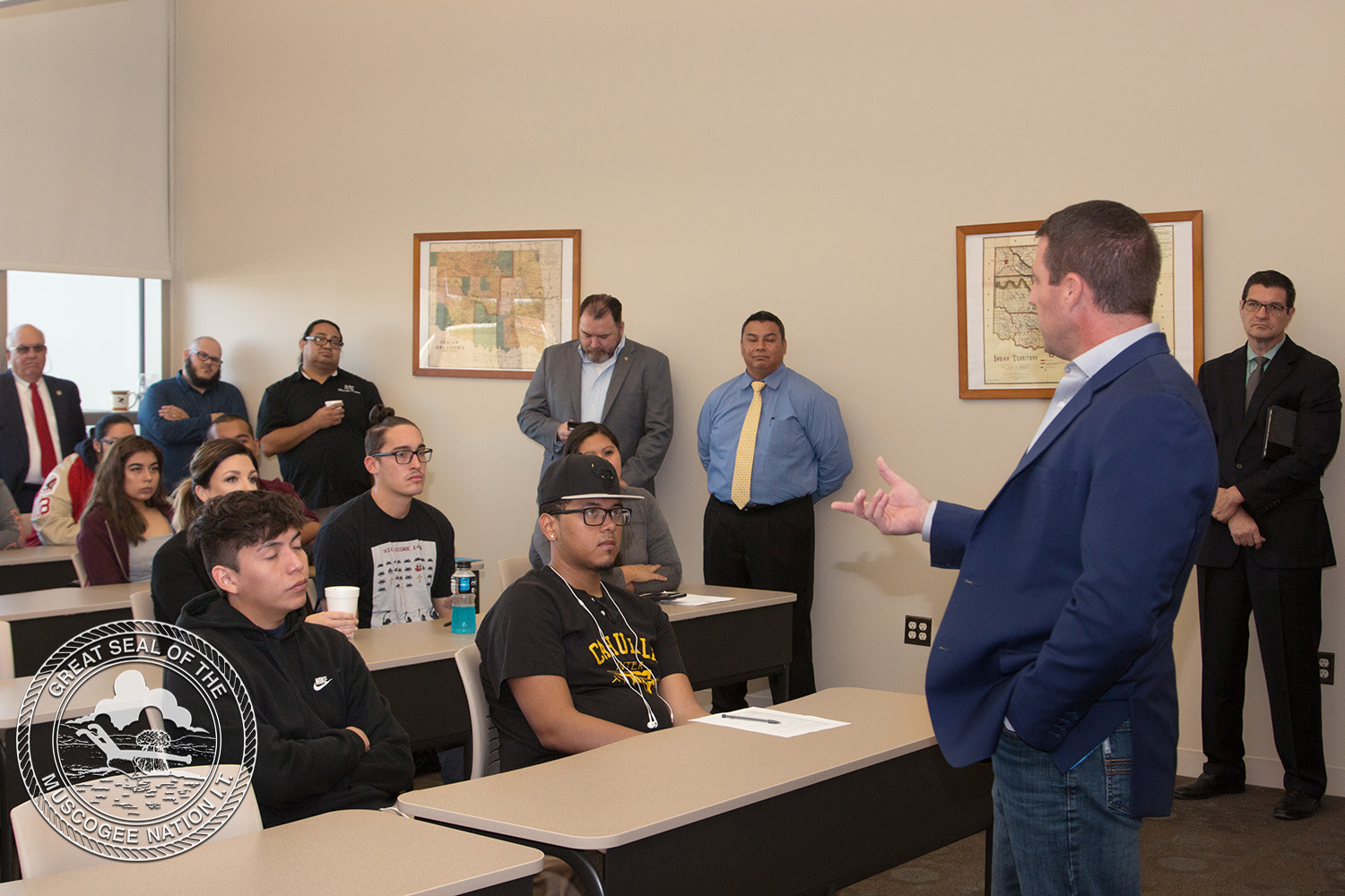 Rep. Mullin speaks to College of the Muscogee Nation students