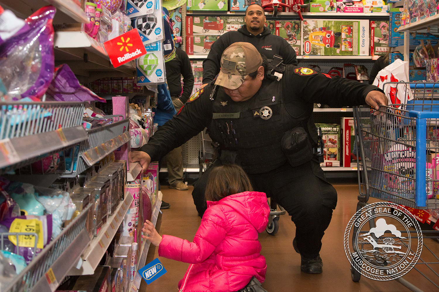 Muscogee (Creek) Nation Lighthorse Participates in Shop with a Cop